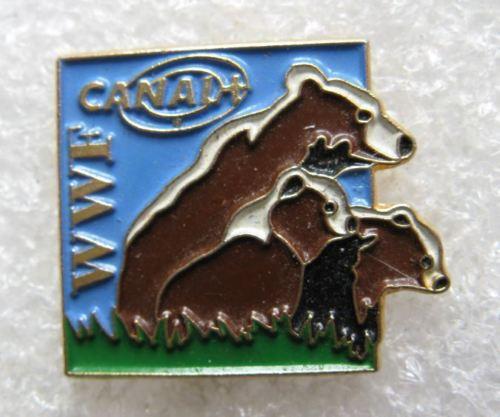 WWF Bear CANAL+ TV