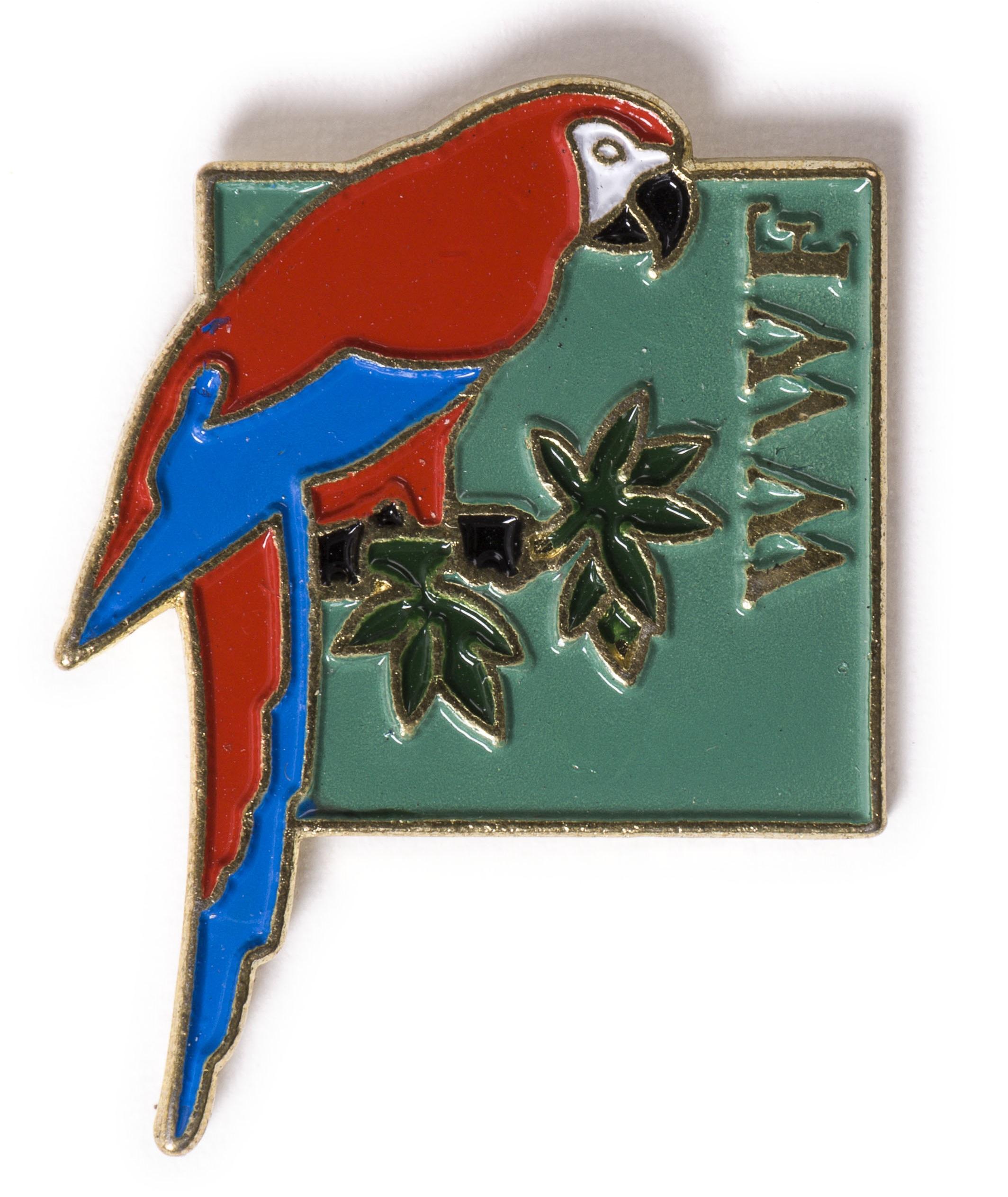 WWF Macaw full
