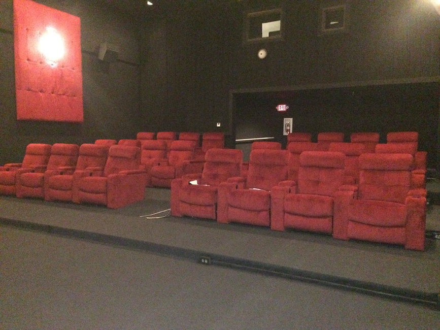 recliners installed at cine grand mankato usa
