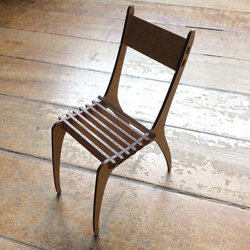 Cadeira Miniatura 1