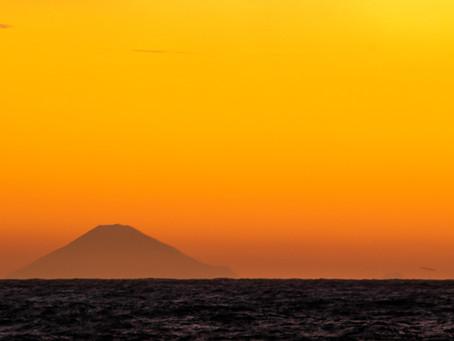 早起きをして朝焼けにつつまれる富士山を見よう