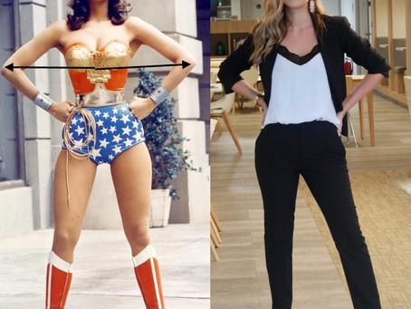 pose Wonder Woman