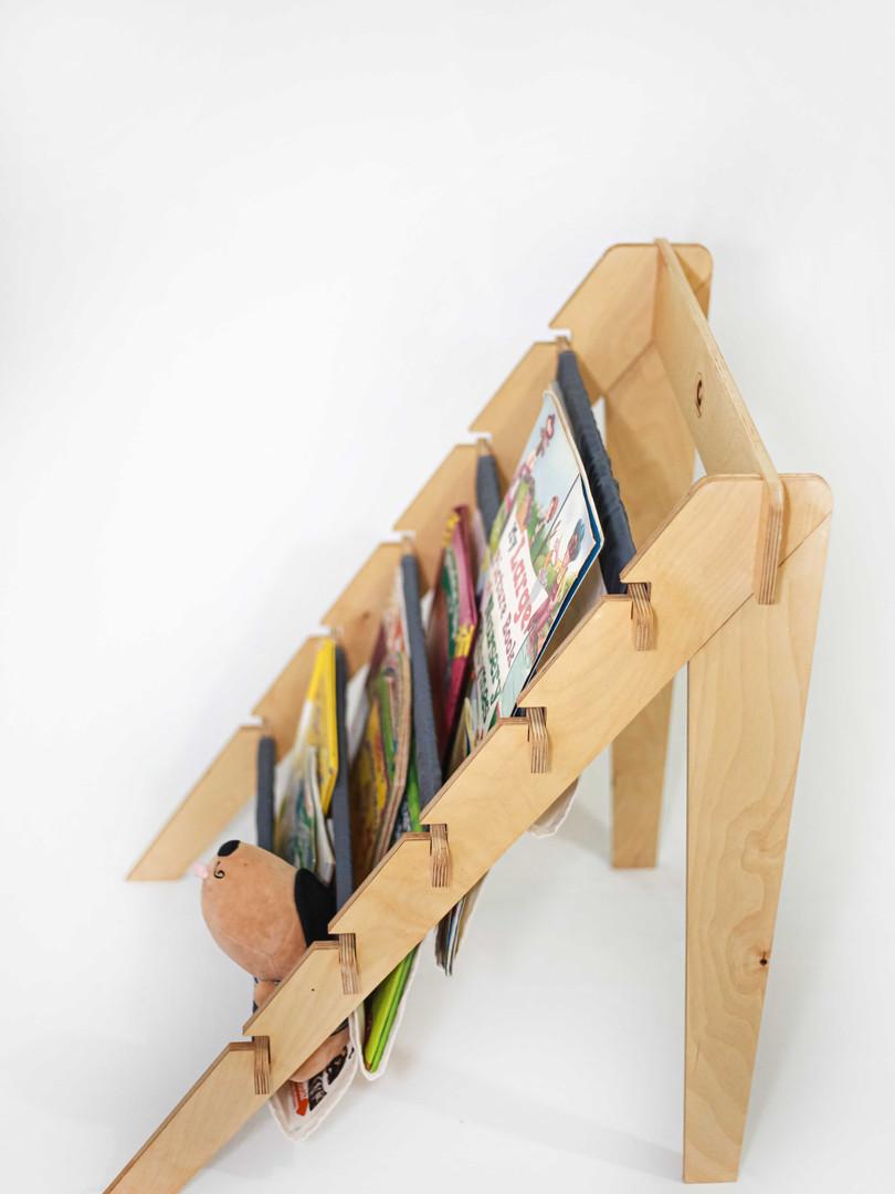 Wooden folding bookshelf-cuddlycoo