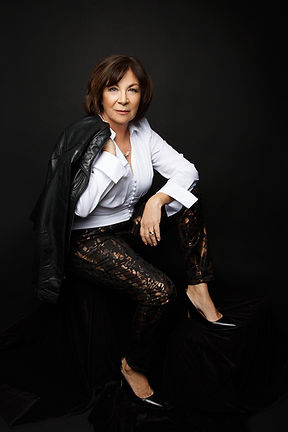 Judy-Riggs-Portrait.jpg