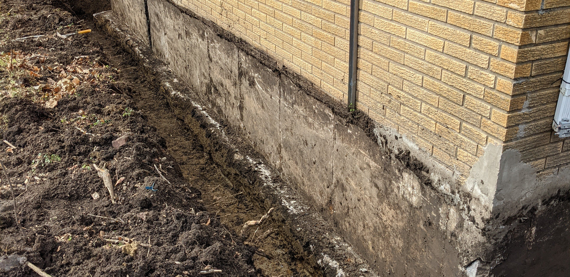 Exterior drain tile system install