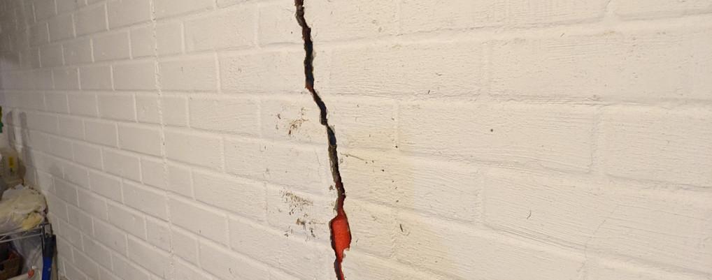 Cracked wall repair