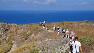 Tours-in-Santorini-Grekaddict-4.jpg