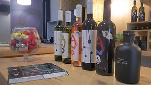 Tours-in-Chania-Wine-and-Olive-oil-Tasti