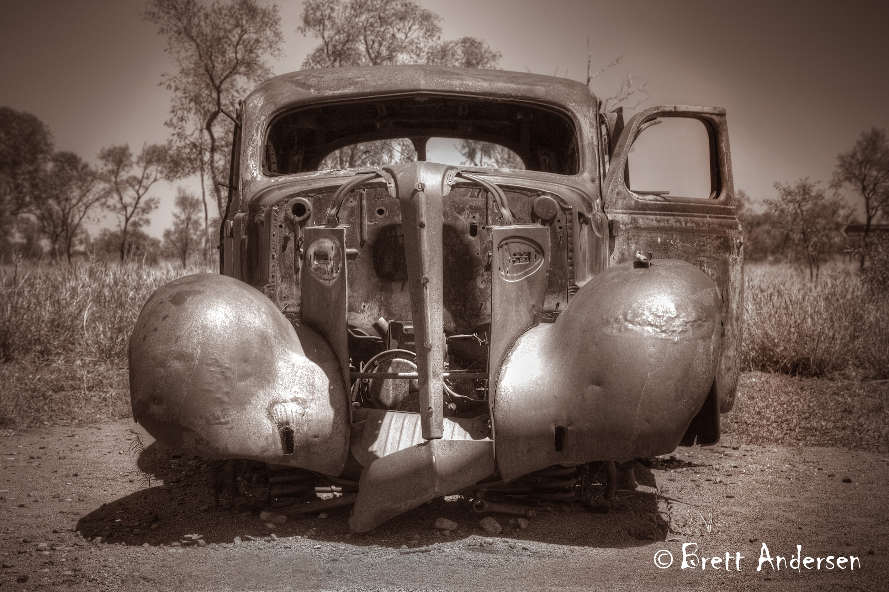 Cars_4600_Sepia - Web