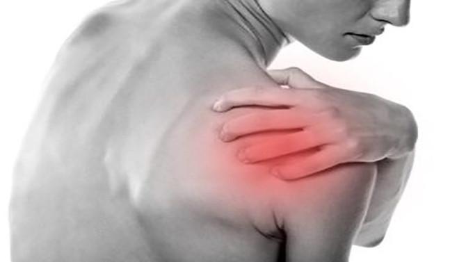 Épaule douloureuse : comment  l'ostéopathie peut vous soulager ?