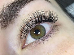 featured-classic-lashes.jpg