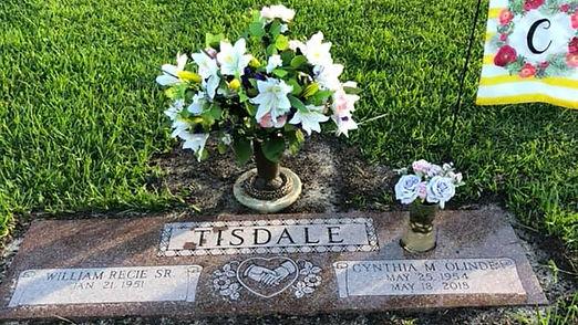 Tisdales gravesite.jpg