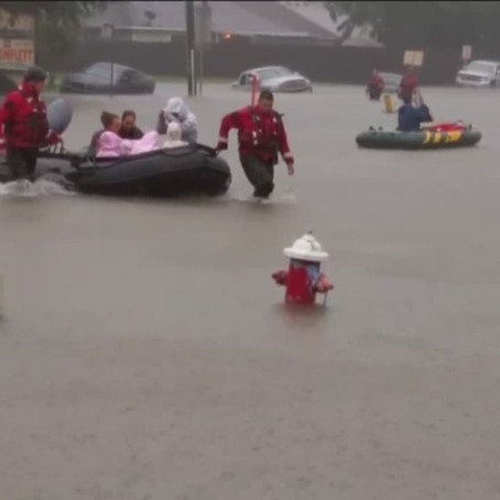 Volunteers rescue residents trapped at Kingwood assisted-living home