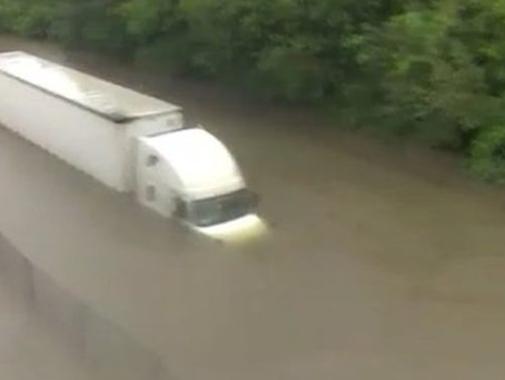 Houston TV reporter helps rescue truck driver in Harvey floodwaters