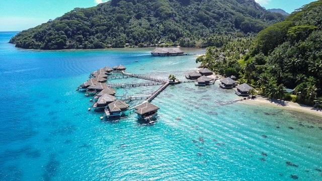 Huahine - French Polynesia-overwater bun