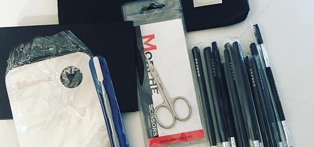 Kit Building 😍__#newtools #newproducts #morphe _morphebrushes #makeup #makeupartist #makeuptools #new #newbrushes #newpalette #newnewnew 💃🏽😍