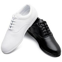shoe - Pinnacle b-w.jpg