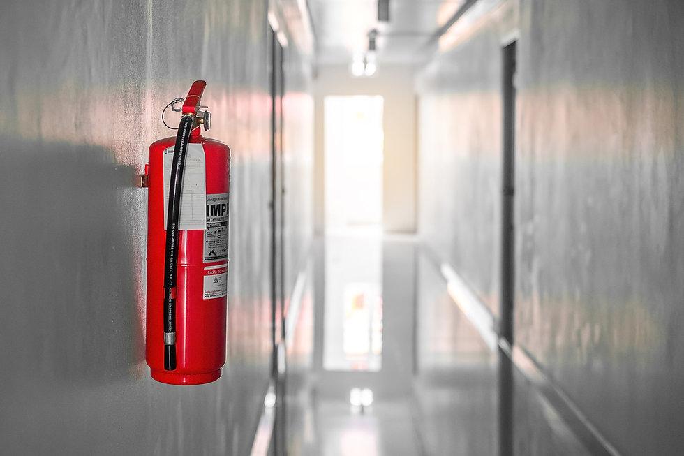 Ceno Brandbeveiling brandblusapparatuur, brandslanghaspels, verband- en ADR-koffers, rookmelders en noodverlichting.