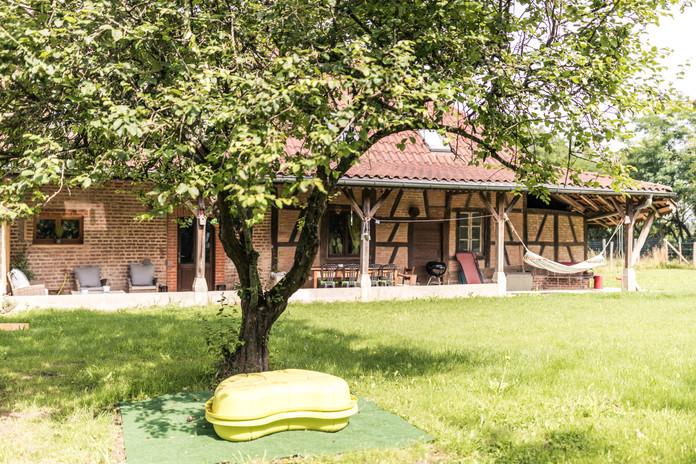 Veranda und Gartenplatz