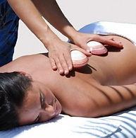 Massage aux coquillages chauds.jpg