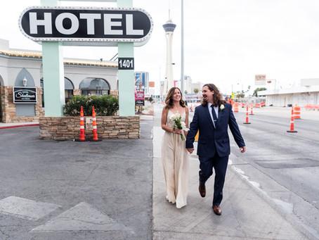 Jamie + Eric | Little White Wedding Chapel and downtown Las Vegas Elopement | Las Vegas Weddings