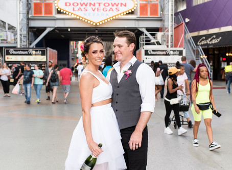 Ashlee + Jared | The Budget Savvy Bride | Featured Vegas Elopements (+ FLASH SALE!!!)