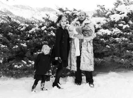 1940's Inspired Winter Family Portraits