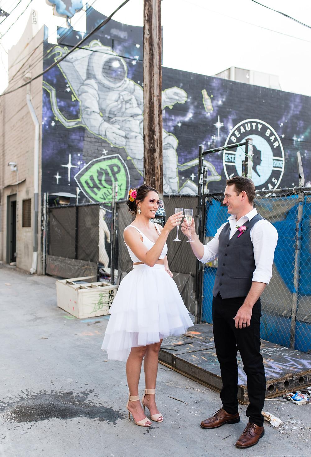 vegas bride, vegas groom, downtown las vegas, las vegas wedding, we eloped, elopement inspo, destionation elopement, vegas wedding, vegas wedding photographer, super fun vegas elopement
