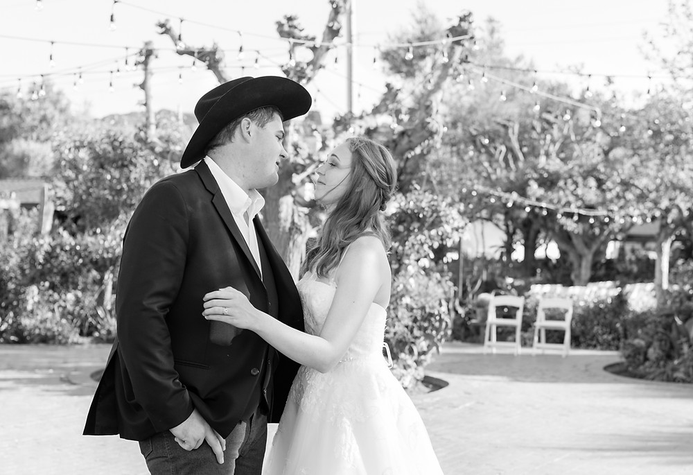 monterey wedding, monterey wedding photographer, san juan buatista weddings, bride and groom, wedding, wedding inspiration, destination wedding photographer, california wedding, bride, groom, first dance, ceremony, wedding reception