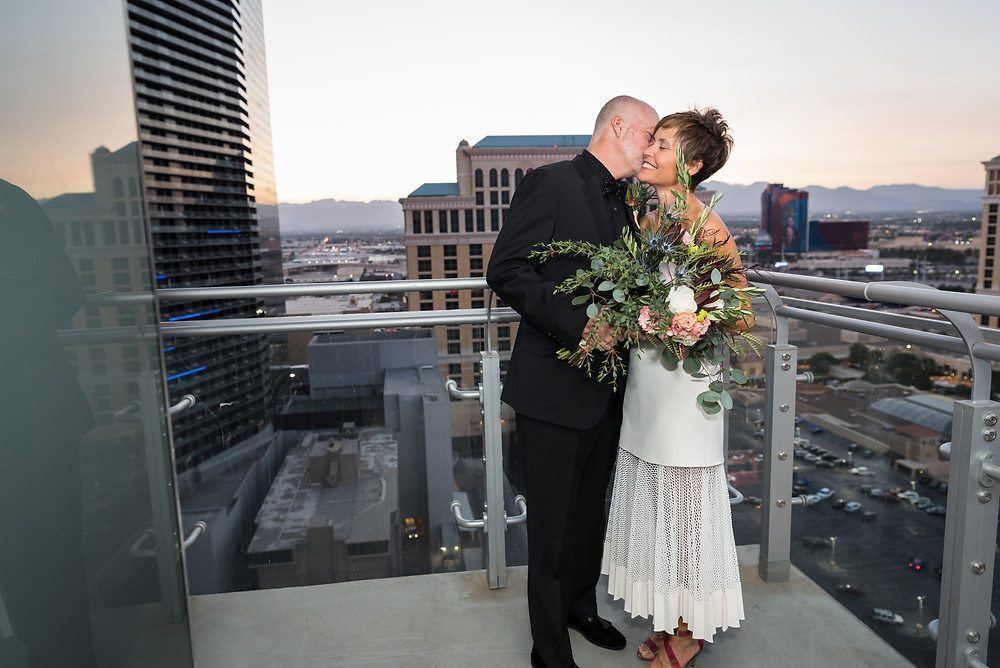 las vegas elopement, las vegas elopement photographer, las vegas wedding, las vegas wedding photographer, vegas wedding, vegas elopement, elope, destination wedding, cosmo wedding, wrap around terrace wedding, vegas strip wedding, cosmopolitan las vegas wedding, terrace suite wedding, carrie pollard, vegas bride, vegas photographer, in suite wedding, unique vegas wedding, cosmo terrace, cosmo terrace wedding, elopement photographer