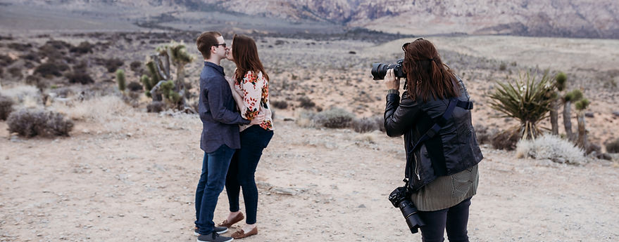las vegas wedding photographer, las vegas elopement photographer, carrie pollard, vegas wedding, vegas elopement, red rock canyon engagement, vegas photographer