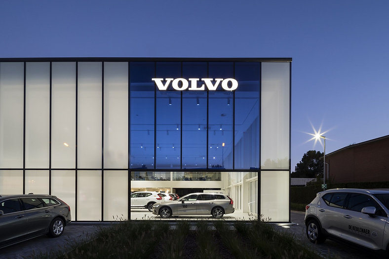 YUGENING_Volvo_DeKeulenaer_03.jpg