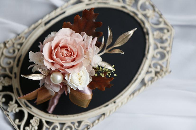 幸福粉胸花花飾 Boutonnière