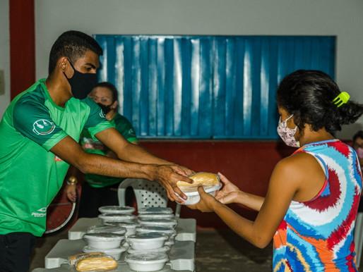 Projeto Piripiri Alimenta atende famílias no Bairro Prado