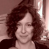 Vicki Perrot, Educatrice Montesori anglophne native