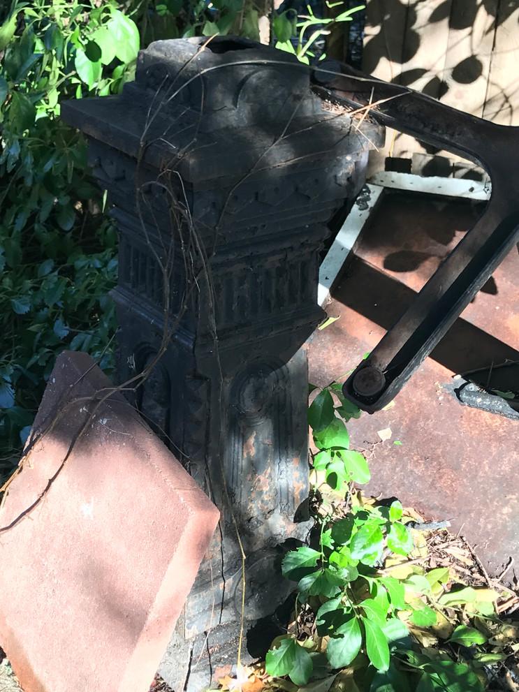 Brooklyn Backyard Pillar