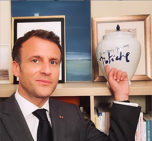 Emmanuel Macron Président de la République française.png