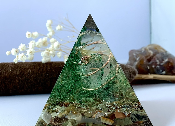Large Crystal Orgonite with Rare agates