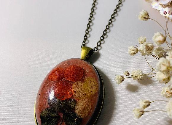 Venetian Floral Necklace