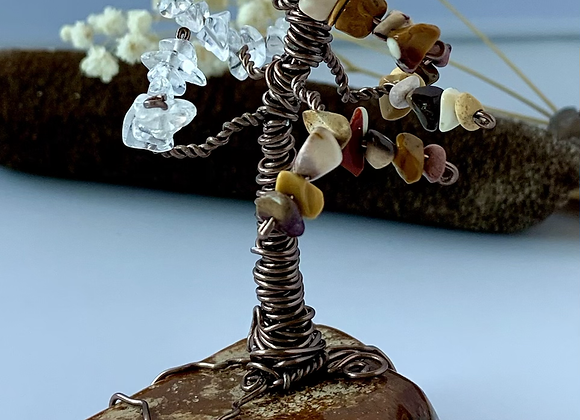 Fire Agate Tree W/Stone leaves