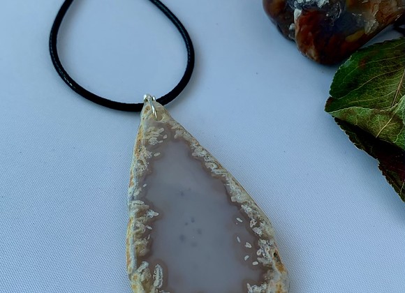 Sliced Agate Necklace