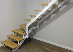 Staircase2stringerstube