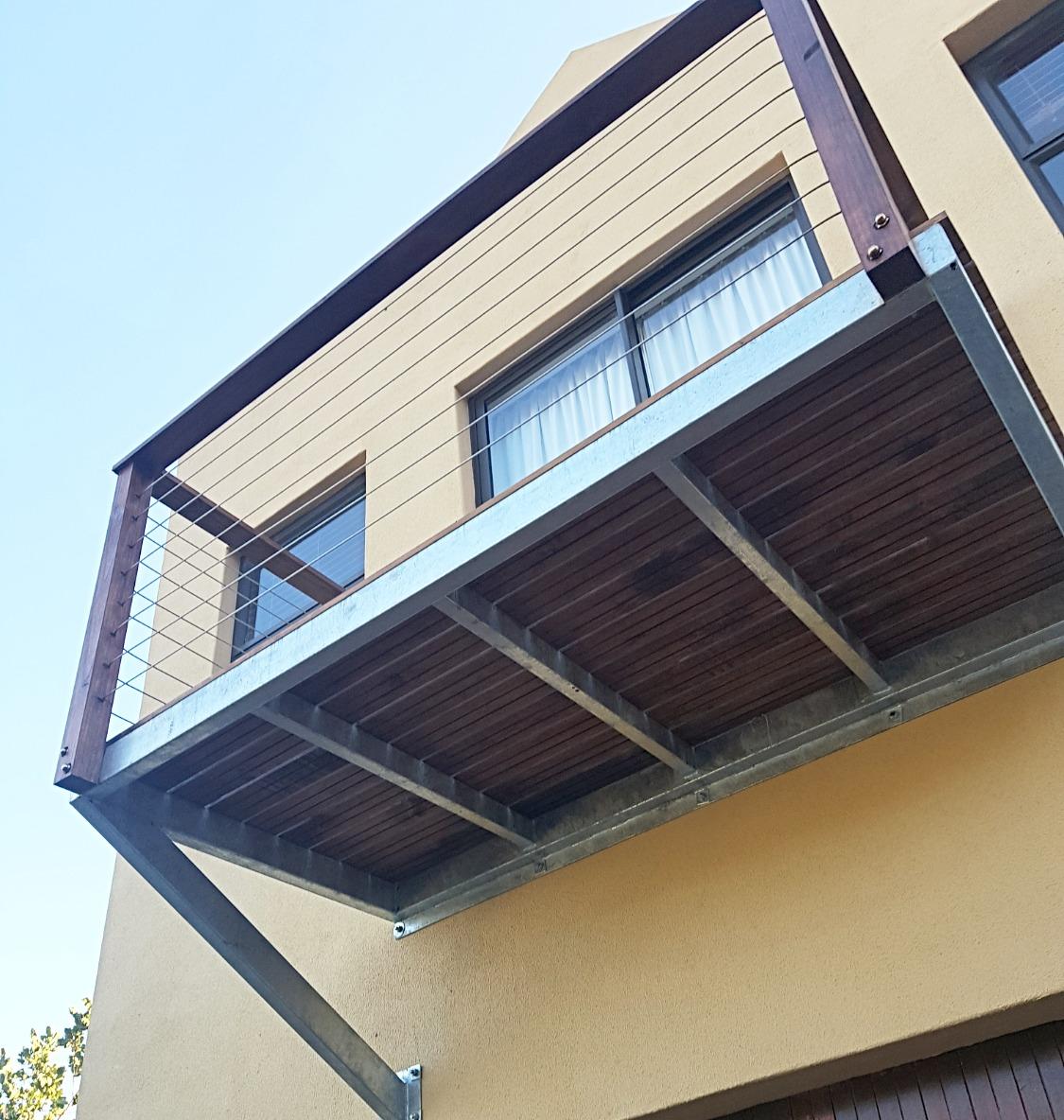 Balustradebalcony1