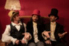 trio roulotte.jpg