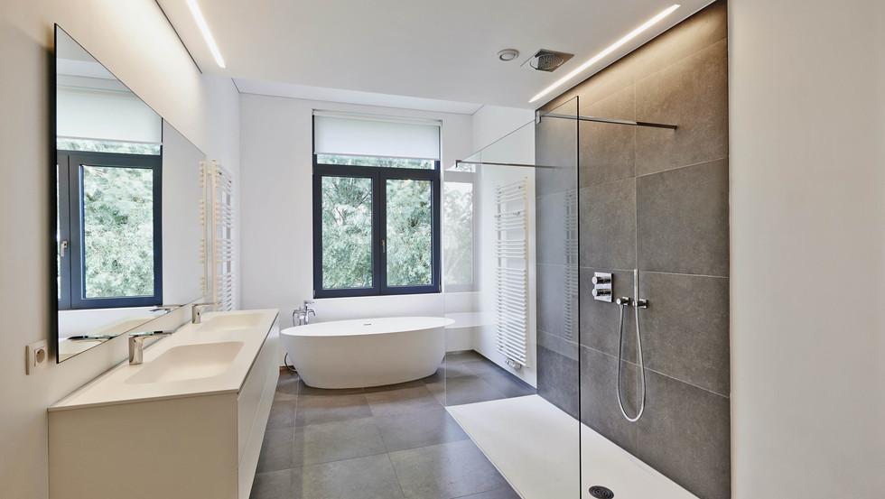 Komfortdusche mit ein oder zwei Waschbecken?