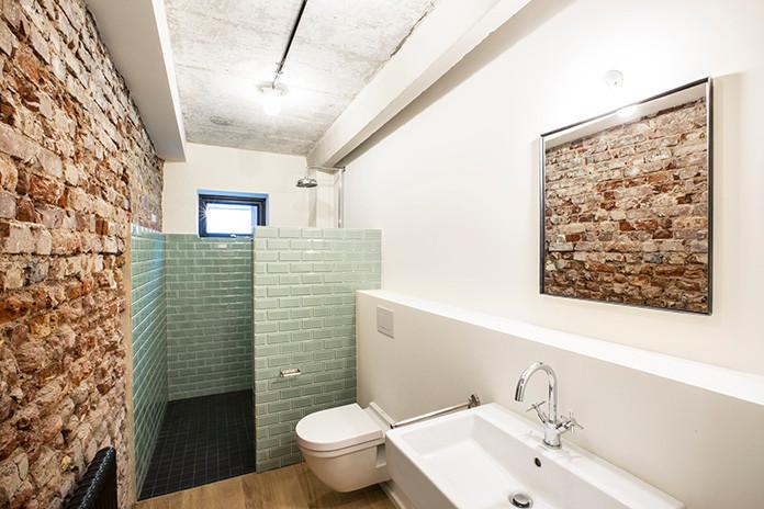 020Alte Senffabrik Duesseldorf Bathroom.