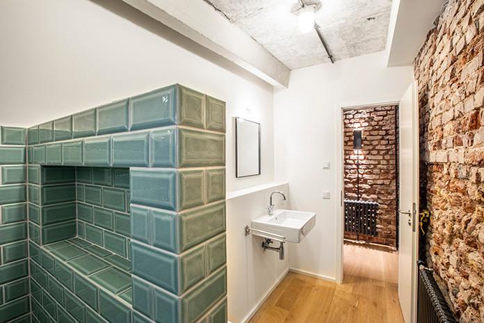021 Alte Senffabrik Duesseldorf Bathroom
