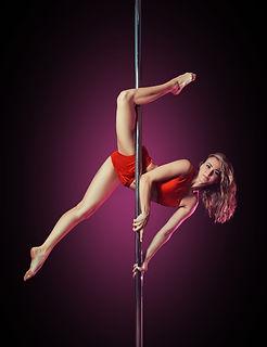 Фото на пилоне poledance
