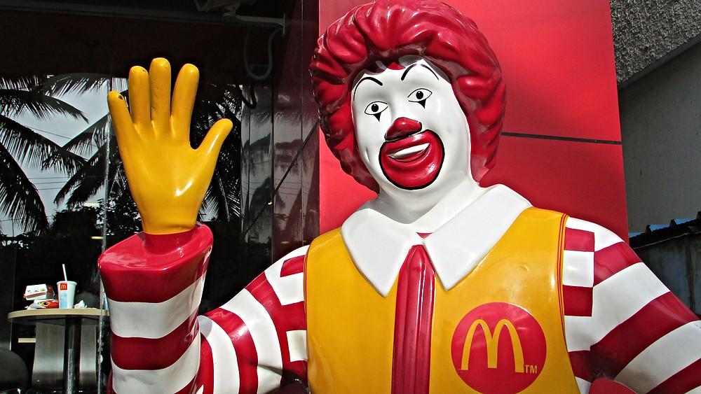 McDonald's vil nu til at bruge bæredygtige produkter for at forhindre rydning af regnskoven. Foto: Pixabay