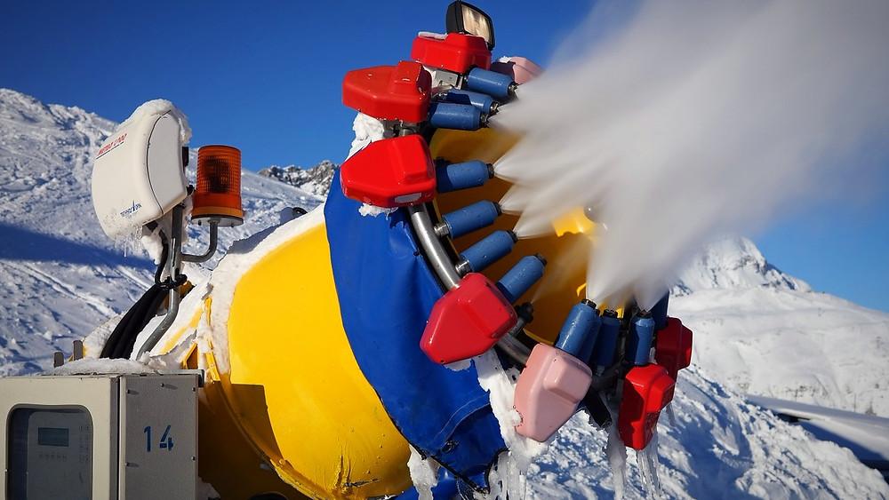 Brugen af snekanoner i Schweiz er blevet mere udbredt i takt med de stigende temperaturer. Foto: Pixabay